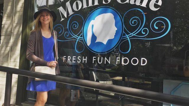 Molli's Cafe